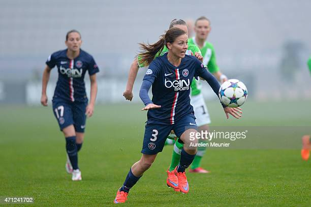 Laure Boulleau of PSG in action during the UEFA Womens Champions League Semifinal game between Paris Saint Germain and VfL Wolfsburg at Stade...
