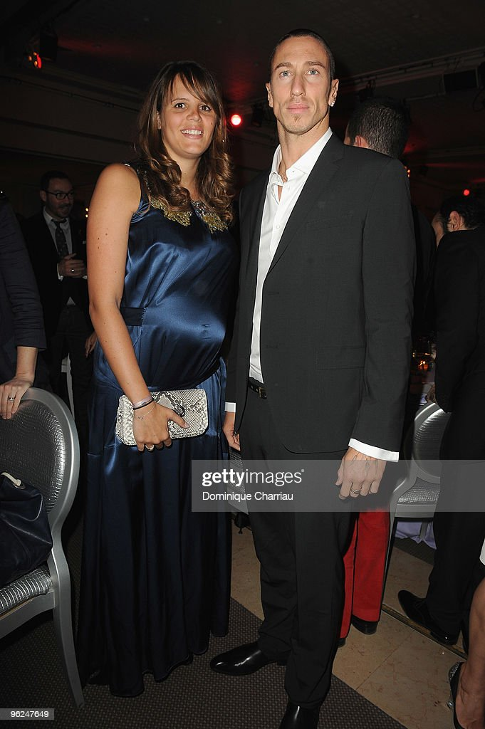 <a gi-track='captionPersonalityLinkClicked' href=/galleries/search?phrase=Laure+Manaudou&family=editorial&specificpeople=596425 ng-click='$event.stopPropagation()'>Laure Manaudou</a> (L) and Frederic Bousquet attend Fashion Dinner For AIDS at Pavillon d'Armenonville on January 28, 2010 in Paris, France.
