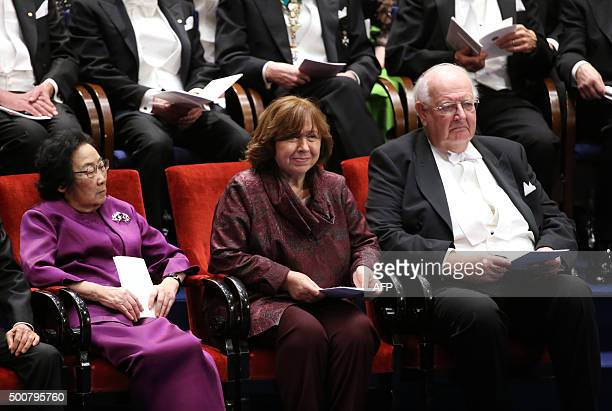 Laureates in the 2015 Nobel Prize in Physiology or Medicine Chinese Youyou Tu Nobel Literature prize 2015 laureate Belarus Svetlana Alexievitch and...