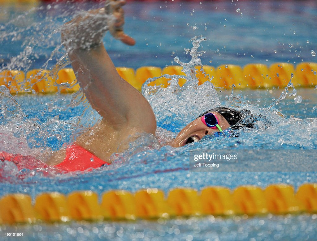 Lauren Boyle of New Zealand during the finals of the women's 400 meter Freestyle during day two of the FINA Swimming World Cup 2015 at the Hamdan...