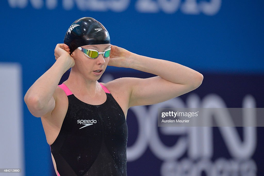 Lauren Boyle of New Zealand prepares compete in the 400m Women's Freestyle on day two of the FINA Swimming World Cup 2015 on August 16 2015 in...