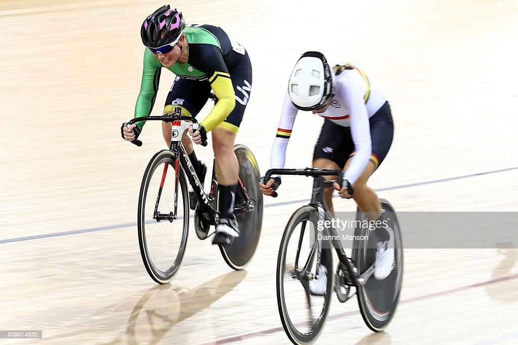 Lauren Ellis of Mid South Canterbury (L) competes in the Elite Women 20k Points Race final during the New Zealand Track National Championships on February 11, 2016 in Cambridge, New Zealand.