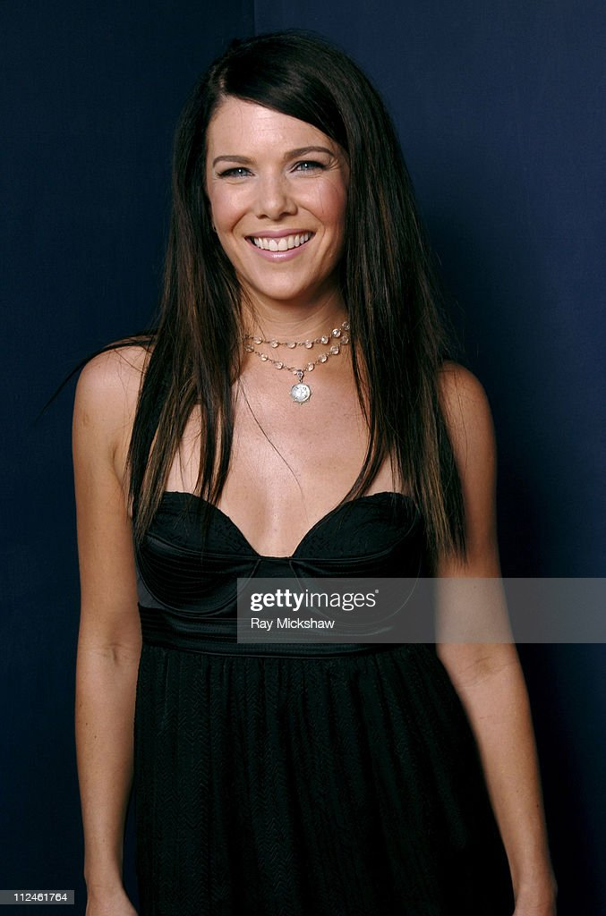 Lauren Graham *Exclusive Coverage* during 2005 Teen Choice Awards Portraits at Gibson Amphitheatre in Universal City California United States