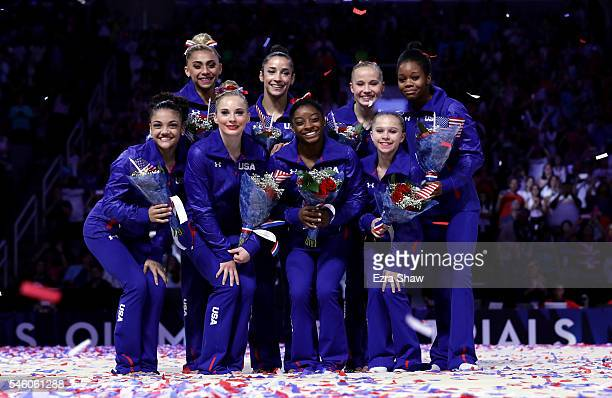 Lauren Hernandez MyKayla Skinner Simone Biles Ragan Smith Ashton Locklear Alexandra Raisman Madison Kocian and Gabrielle Douglas pose for a team...