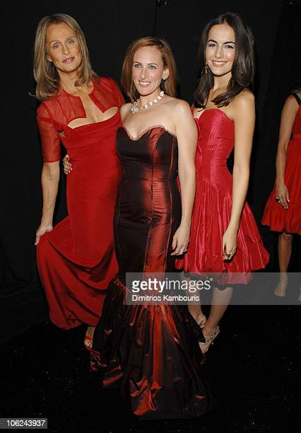Lauren Hutton Marlee Matlin and Camilla Belle during MercedesBenz Fashion Week Fall 2007 Heart Truth Red Dress Backstage at Bryant Park in New York...