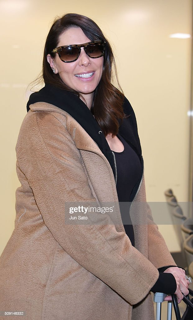 <a gi-track='captionPersonalityLinkClicked' href=/galleries/search?phrase=Lauren+Kitt&family=editorial&specificpeople=6713564 ng-click='$event.stopPropagation()'>Lauren Kitt</a> Carter is seen upon arrival at Narita International Airport on February 9, 2016 in Narita, Japan.