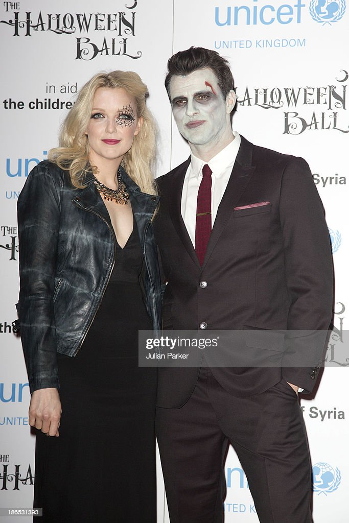 <a gi-track='captionPersonalityLinkClicked' href=/galleries/search?phrase=Lauren+Laverne+-+Radio+Host&family=editorial&specificpeople=589841 ng-click='$event.stopPropagation()'>Lauren Laverne</a> and Steve Jones attend The UNICEF Halloween Ball at One Mayfair on October 31, 2013 in London, England.