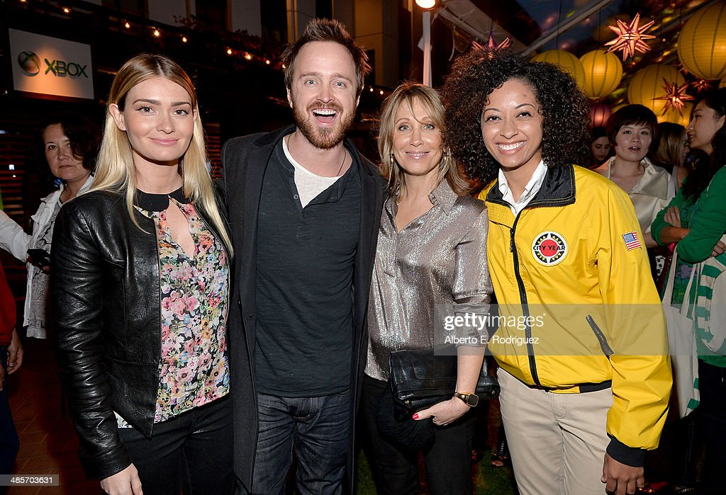 Lauren Parsekian, actor Aaron Paul, Co-Chair Dreamworks Stacey Snider and City Year Los Angeles AmeriCorps member attend the City Year Los Angeles 'Spring Break' Fundraiser at Sony Studios on April 19, 2014 in Los Angeles, California.