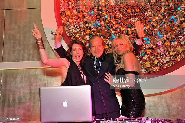 Lauren Prakke Simon de Pury and Fru Tholstrup attend the 4th anniversary of Tate Young Patrons sponsored by Vanessa Bruno on June 8 2011 in London...