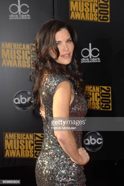 Lauren Sanchez attends 2009 AMERICAN MUSIC AWARDS at NOKIA Theatre LA Live on November 22 2009 in Los Angeles California