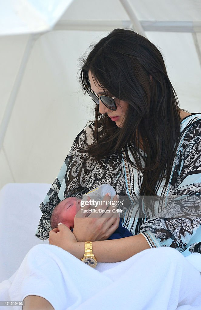 <a gi-track='captionPersonalityLinkClicked' href=/galleries/search?phrase=Lauren+Silverman&family=editorial&specificpeople=4501937 ng-click='$event.stopPropagation()'>Lauren Silverman</a> is seen at the beach with her newborn son <a gi-track='captionPersonalityLinkClicked' href=/galleries/search?phrase=Eric+Cowell&family=editorial&specificpeople=12480812 ng-click='$event.stopPropagation()'>Eric Cowell</a> on February 23, 2014 in Miami, Florida.