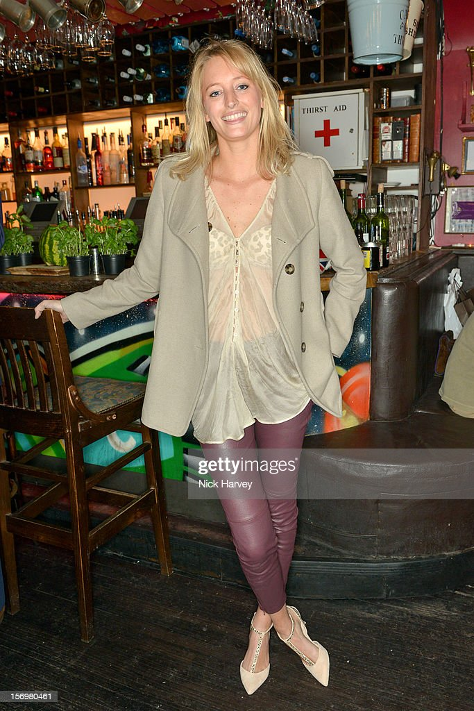 Lauren Skerritt attends a party to celebrate the best of W&W Jewellery at Barts bar on November 26, 2012 in London, England.