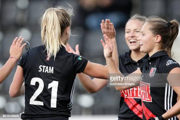 Lauren Stam of Amsterdam Dames 1 Kelly Jonker of Amsterdam Dames 1 during the match between Amsterdam D1 v Groningen D1 at the Wagener Stadium on...