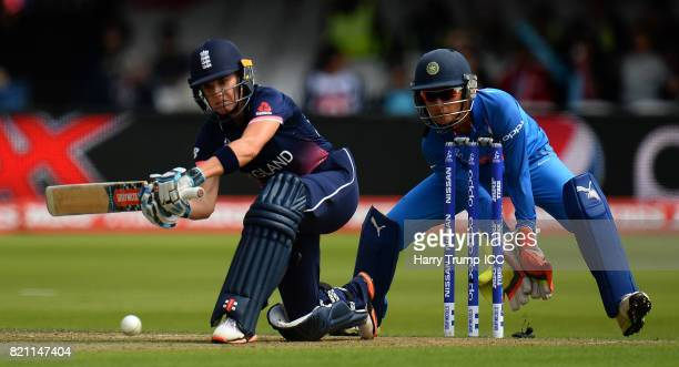 Lauren Winfield of England bats during the ICC Women's World Cup 2017 Final between England and India at Lord's Cricket Ground on July 23 2017 in...