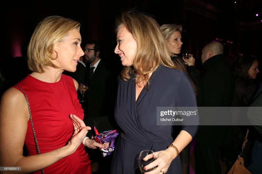 Laurence Ferrari and Valerie Trierweiler attend the AIDES International Gala Dinner at Grand Palais on November 27 2012 in Paris France