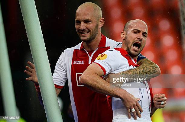Laurent Ciman of Standard de Liege celebrates during the UEFA Europa League Group G match between R Standard de Liege and HNK Rijeka at the Stade...