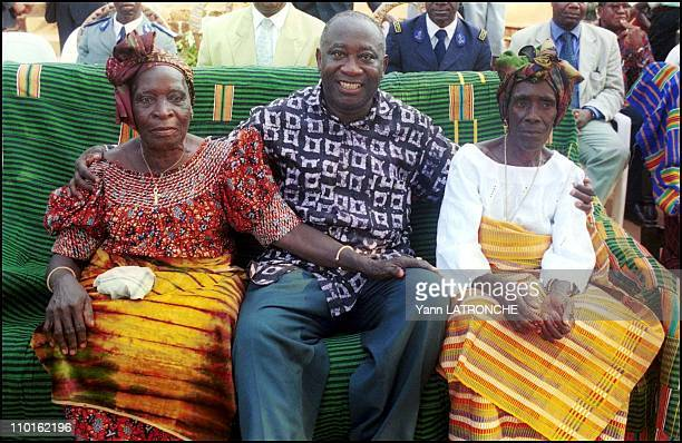 Laurent Gbagbo President of Cote D'Ivoire in Côte d'Ivoire on November 30 2001 Ivory Coast's President Laurent Gbagbo arrives in town
