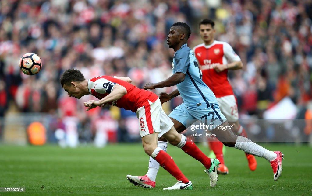 Arsenal v Manchester City - The Emirates FA Cup Semi-Final : News Photo