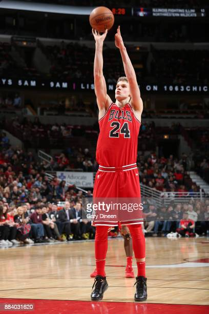 Lauri Markkanen of the Chicago Bulls shoots the shot against the Sacramento Kings on December 1 2017 at the United Center in Chicago Illinois NOTE TO...