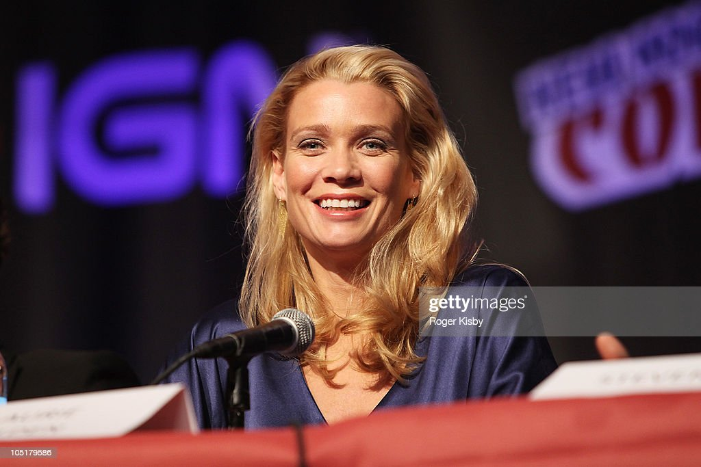 <a gi-track='captionPersonalityLinkClicked' href=/galleries/search?phrase=Laurie+Holden&family=editorial&specificpeople=678388 ng-click='$event.stopPropagation()'>Laurie Holden</a> attends The Walking Dead panel at the 2010 New York Comic Con at the Jacob Javitz Center on October 10, 2010 in New York City.