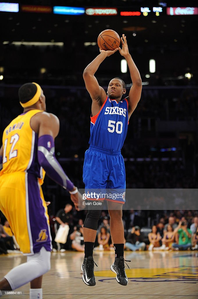 Lavoy Allen #50 of the Philadelphia 76ers goes for a jump shot during the game between the Philadelphia 76ers and the Los Angeles Lakers at Staples Center on January 1, 2013 in Los Angeles, California.