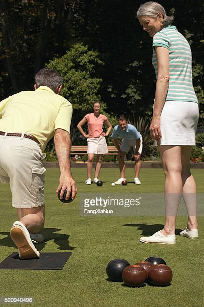 Lawn bowling couples