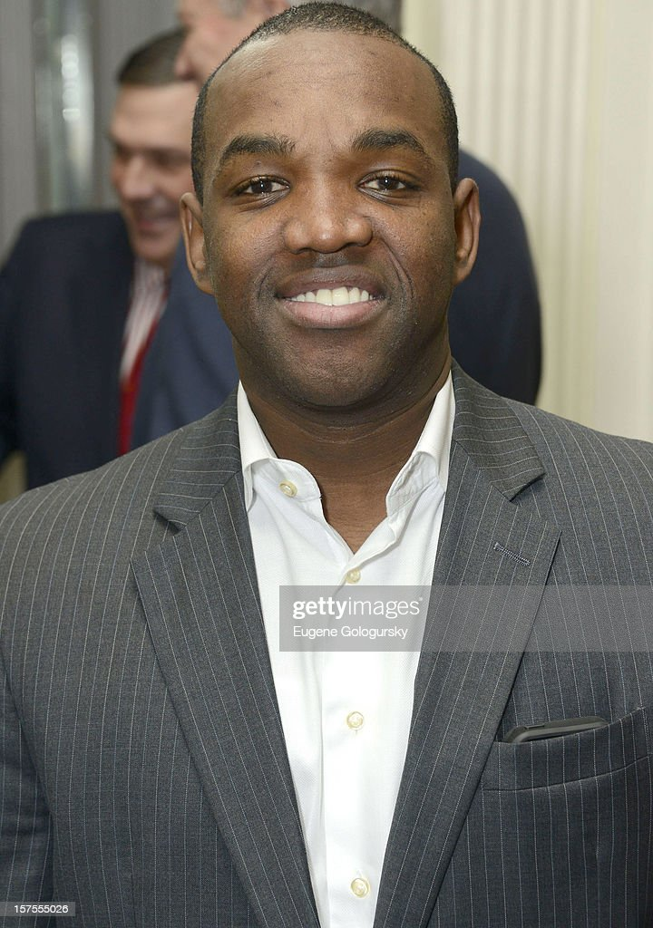 <a gi-track='captionPersonalityLinkClicked' href=/galleries/search?phrase=Lawrence+Brownlee&family=editorial&specificpeople=9605565 ng-click='$event.stopPropagation()'>Lawrence Brownlee</a> attends the Metropolitan Opera Guild's 78th Annual Luncheon Celebrating 'Star Power!' at The Waldorf Astoria on December 4, 2012 in New York City.