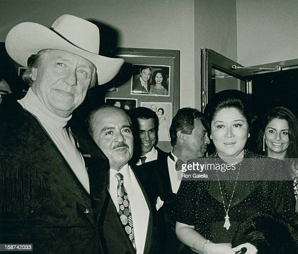 Lawyer Gerry Spence businessman Adnan Khashoggi and First Lady of the Philippines Imelda Marcos sighted on July 2 190 at Nile Restaurant in New York...