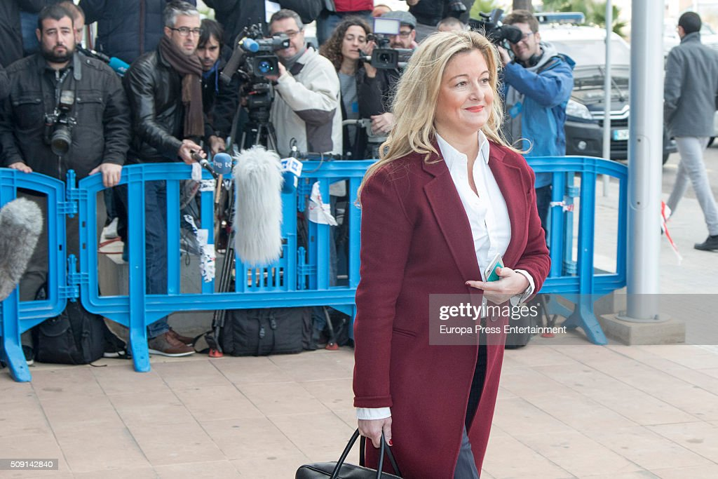 Lawyer of 'Manos limpias' Virginia Lopez Negrete arrives at the courtroom at the Balearic School of Public Administration for summary proceedings on February 09, 2016 in Palma de Mallorca, Spain. Princess Cristina of Spain, sister of King Felipe VI of Spain, faces a tax fraud trial over alleged links to business dealings of her husband, Inaki Urdangarin Princess Cristina co-owned with her husband a company called Aizoon alleged to be one of the companies used by the non-profit foundation named 'Instituto NOOS', headed by Inaki Urdangarin to misuse 5.6 million euro of public funds which were allocated to organise sports and tourism events.
