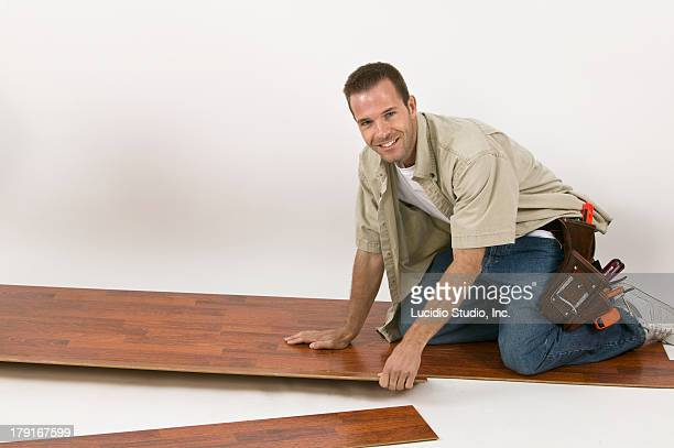 Laying a laminate hardwood floor