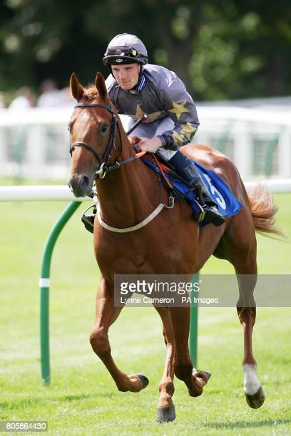 Layla's Boy ridden by Frederik Tylicki going to post
