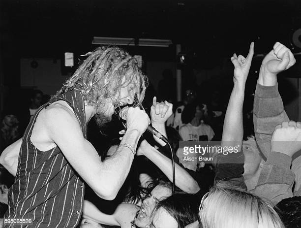 Layne Staley of Alice in Chains Singing