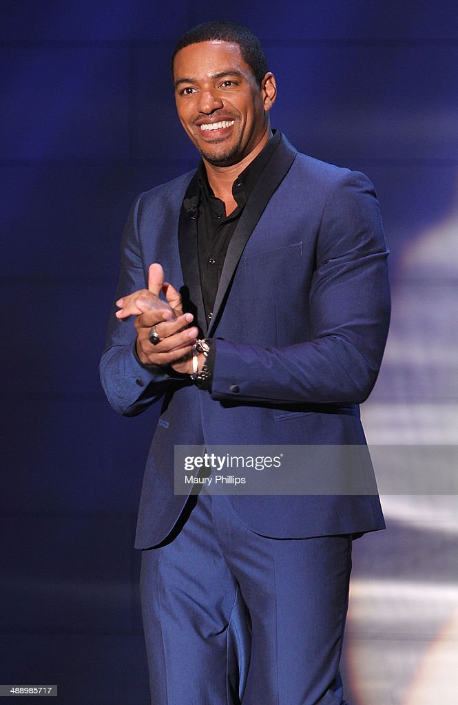 <a gi-track='captionPersonalityLinkClicked' href=/galleries/search?phrase=Laz+Alonso&family=editorial&specificpeople=2179533 ng-click='$event.stopPropagation()'>Laz Alonso</a> onstage during 'Verses And Flow' Season 4 taping presented by TV One at Siren Studios on May 8, 2014 in Hollywood, California.