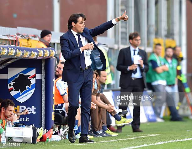 SS Lazio coach Simone Inzaghi gestures during the Serie A match between UC Sampdoria and SS Lazio at Stadio Luigi Ferraris on April 24 2016 in Genoa...