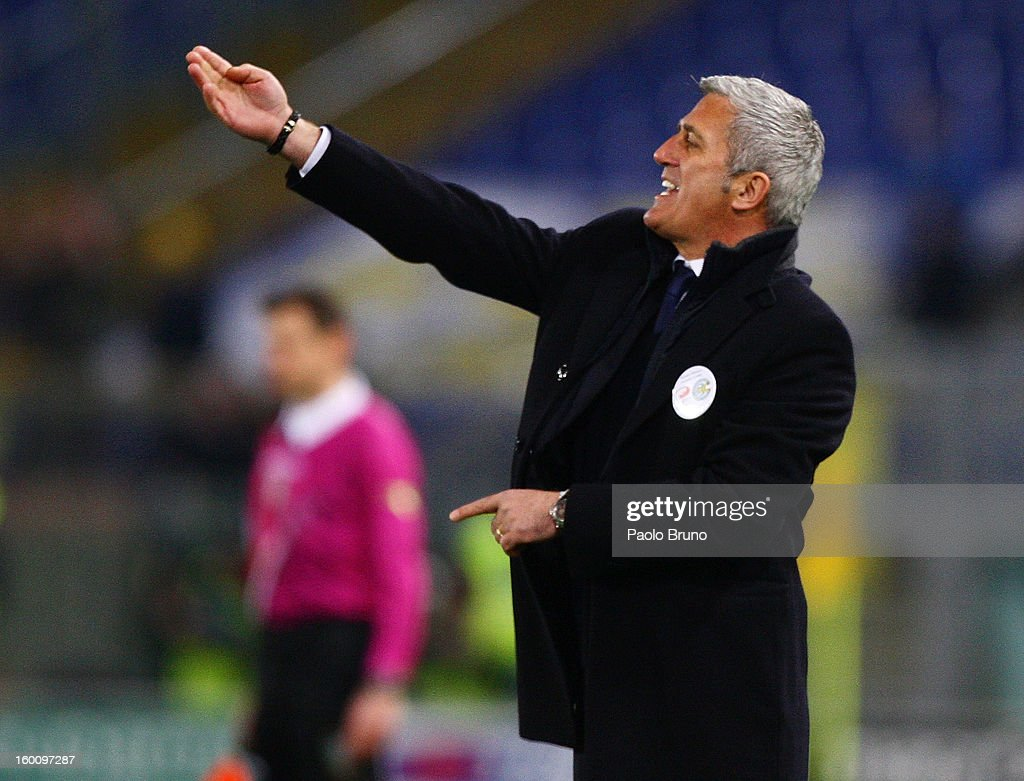 S.S. Lazio head coach Vladimir Petkovic gestures during the Serie A match between S.S. Lazio and AC Chievo Verona at Stadio Olimpico on January 26, 2013 in Rome, Italy.