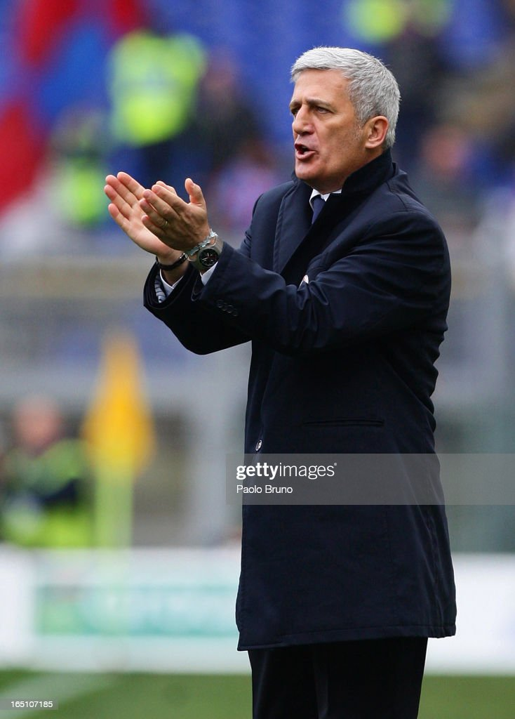 S.S. Lazio head coach Vladimir Petkovic gestures during the Serie A match between S.S. Lazio and Calcio Catania at Stadio Olimpico on March 30, 2013 in Rome, Italy.