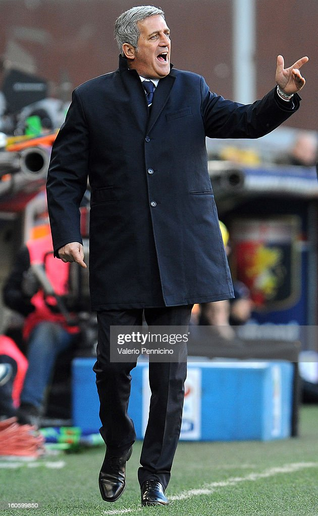 S.S. Lazio head coach Vladimir Petkovic issues instructions during the Serie A match between Genoa CFC and SS Lazio at Stadio Luigi Ferraris on February 3, 2013 in Genoa, Italy.