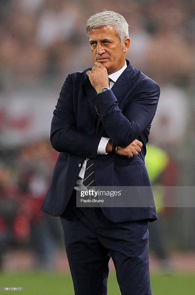 SS Lazio head coach Vladimir Petkovic looks on during the Uefa Europa League Group J match between SS Lazio and Legia Warszawa at Stadio Olimpico on September 19, 2013 in Rome, Italy.