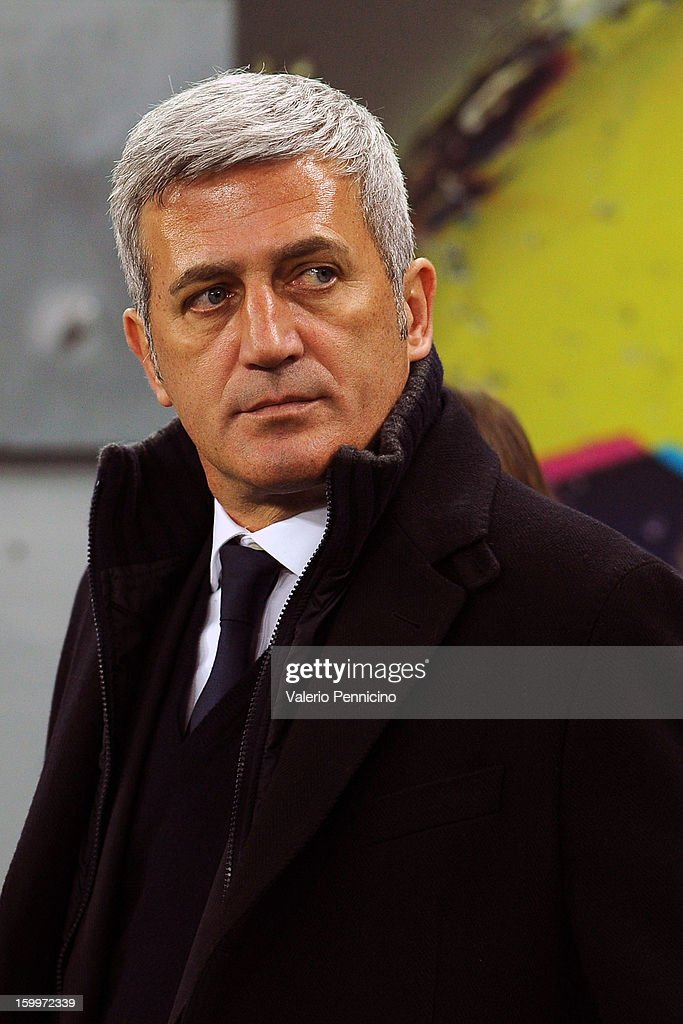 S.S. Lazio head coach Vladimir Petkovic looks on prior to the TIM cup match between Juventus FC and S.S. Lazio at Juventus Arena on January 22, 2013 in Turin, Italy.