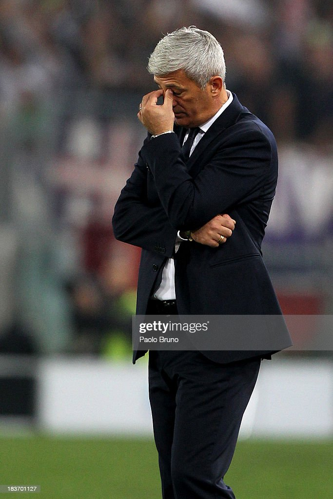 SS Lazio head coach Vladimir Petkovic reacts during the Serie A match between SS Lazio and ACF Fiorentina at Stadio Olimpico on October 6, 2013 in Rome, Italy.