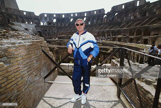 Lazio player Paul Gascoigne poses at the Colosseum on his first visit to Rome after signing from Tottenham Hotspur on August 1 1991 in Rome Italy