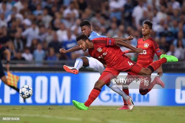FUSSBALL CHAMPIONS Lazio Rom Bayer 04 Leverkusen Balde Diao Keita gegen Jonathan Tah