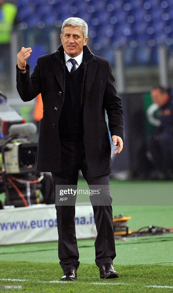 Lazio's Bosnian coach Vladimir Petkovic gestures during the serie A match between Lazio and Cagliari at the Olympic stadium on January 5, 2013 in Rome.