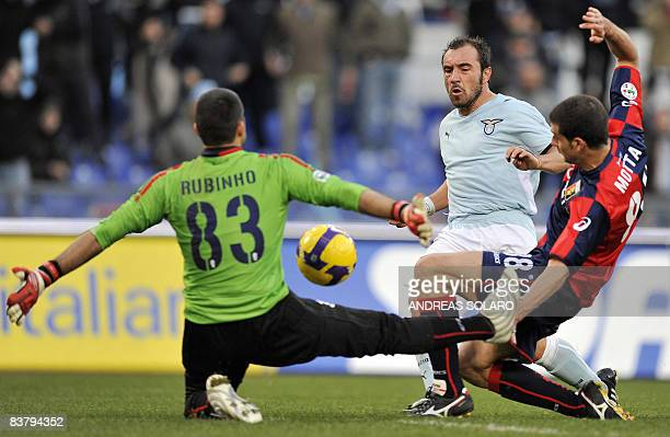 Lazio's midfielder Cristian Brocchi tries to score against Genoa's Brazilian goalkeeper Rubens Fernando Moedim Rubinho during their team's Italian...