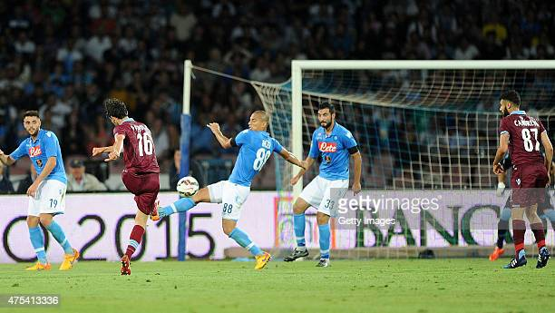 Lazio's player Marco Parolo scores the goal of 10 during the Serie A match between SSC Napoli and SS Lazio at Stadio San Paolo on May 31 2015 in...
