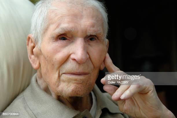 Né le 7 décembre 1897 à Bettola et décédé le 12 mars 2008 au KremlinBicêtre il a eu des obsèques nationales Emigré en France à l'age de 9 ans il...