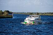 Le Boat Emerald Star Elegance houseboat on River Shannon.