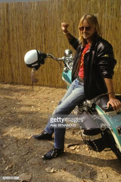 Le chanteur Renaud a la Fete de l'Humanite le 15 septembre 1990 a la Courneuve France