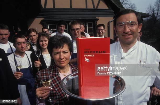 Le chef etoile Antoine Westermann devant son restaurant Le Buerehiesel le 9 mars 1994 Strasbourg France
