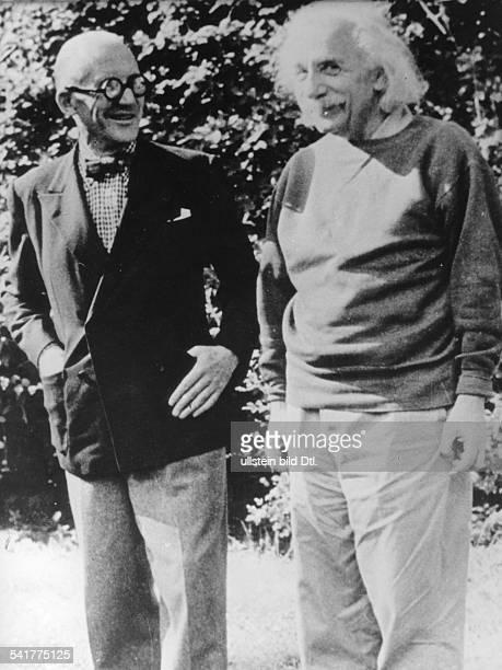 Le Corbusier *06101887Architekt Frankreich/Schweizmit Albert Einstein 1955